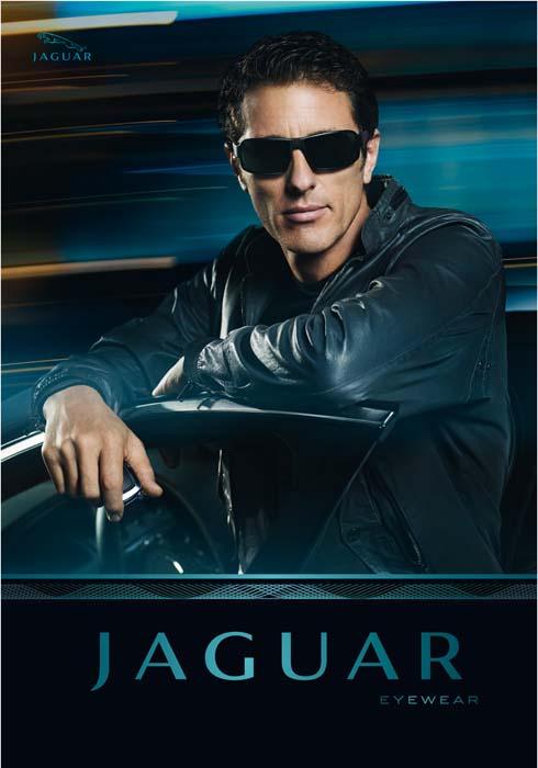 Jaguar 2011.